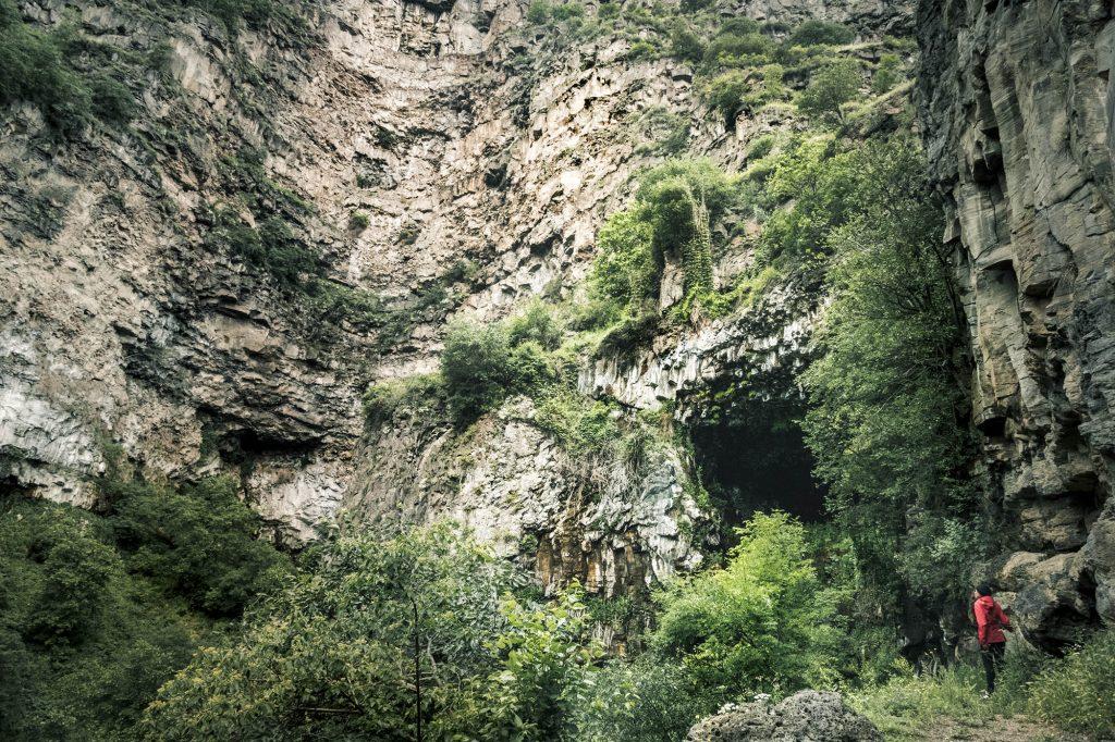 Kobayr Cave